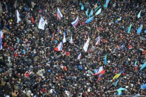 Протистояння під стінами парламенту в Сімферополі. 26 лютого 2014 р.