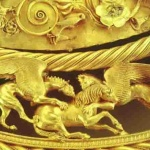 Золота пектораль з кургану Товста могила. IV cт. до н. е.